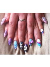 Fox Nails - image 0