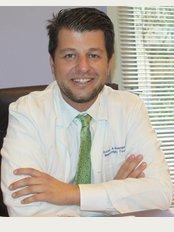 Dr. Vasileios Bagiokos (IASO Klinik) - 37-39, Kifisias Ave, Marousi, Athen, 15123,