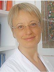 Dr Giuliana Stolfi -  at Ginecea