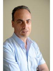 Mr Mark Sant - Consultant at Veduta Clinic
