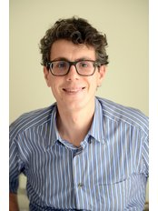 Mr Mark  Cordina - Aesthetic Medicine Physician at Veduta Clinic