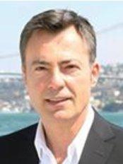 Prof. Dr. Cem Ficicioglu - Yeditepe Üniversitesi Hastanesi İçerenköy Mh. Ataşehir, Istanbul,  0