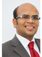 Mr Narendra Pisal - Consultant at London Gynaecology Harley Street