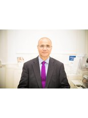 Mr Mohammad Masood - Consultant at MAS Gynaecology - London