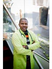 Dr Samson Ajikobi - Doctor at AmberLife Cancer Clinic