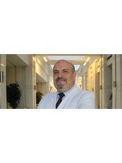 Prof Murat Dede - Doctor at Anadolu Medical Center