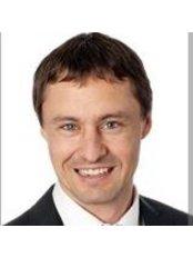 Dr Jonathan Cabot - Surgeon at Orthopaedics SA -  Ashford