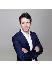 Mr Justin Hunt - Surgeon at Melbourne Orthopaedic Clinic