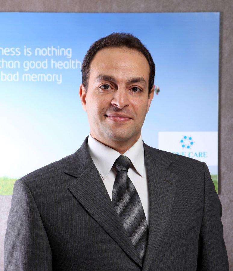 Dr. Mohamed Abdel Moneim - Farid Semeika St.