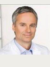 Ortho Center Professor Lill Munchen - Maximillianstrasse 10, Munich, DE80539,