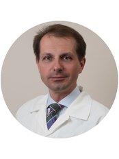 Dr Zsolt Fazakas - Surgeon at Medicover Hospital Hungary