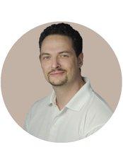 Dr David Gotz - Surgeon at Medicover Hospital Hungary