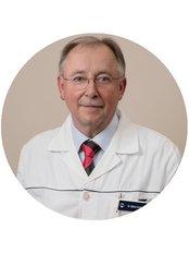 Dr Andras Balint - Surgeon at Medicover Hospital Hungary