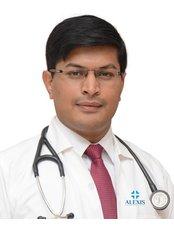 Dr Rishi Vinod Lohiya - Doctor at Alexis Hospital