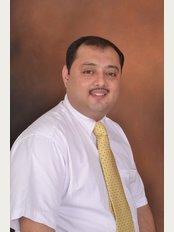The Knee Klinik-Bund Garden - Dr. Anshu Sachdev