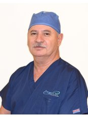 Dr Luis Romero - Doctor at ProgenCell - Stem Cell Therapies
