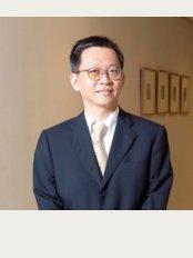 Singapore Orthopaedic Centre - Dr Mathew Tung | Neurosurgeon