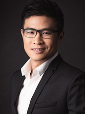 Dr Ambrose Yung - Surgeon at Singapore Sports and Orthopaedic Services