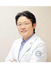 Dr Sung-hoon Jeong - Doctor at Yonsei Sarang Hospital