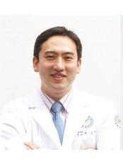 Dr Oh-ryong Kwon - Doctor at Yonsei Sarang Hospital