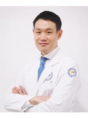 Dr Pil-goo Jeong - Doctor at Yonsei Sarang Hospital