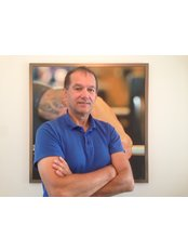 Mr Bleckman Louis - Physiotherapist at Locarno Hand Center