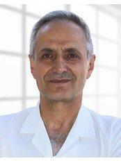 Dr. Hanefi Çakir - Augenarzt - Türkiye Hastanesi