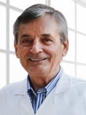 Dr. Recep Aydilek - Arzt - Türkiye Hastanesi