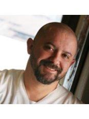 Dr Davide Baroncini -  at Centro Baroncini