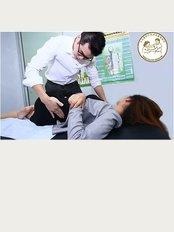 Sin Osteopathic - No 63 , Jalan SS 2/55 , 47300 Petaling Jaya , Selangor ., Petaling Jaya, Selangor, 47300,