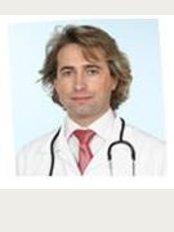 Osteopata Dr. João Silva - Largo Manuel Rodrigues Pisco nº4 1º Frente, Almeirim, 2080,
