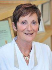 Heidi Cram - Doctor at Cram Osteopathic Clinic - Glasgow