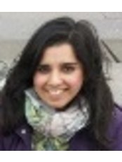 Miss Muniba Malik - Aesthetic Medicine Physician at Glasgow Osteopaths - Natural Health Service