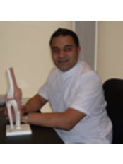 Mr Asif Allauddin - Aesthetic Medicine Physician at Glasgow Osteopaths - Natural Health Service