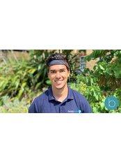 Mr Adam Bourjij - Practice Therapist at Bodytonic Clinic - Osteopathy - Canada Water