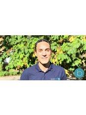 Matti Venuti -  at Bodytonic Clinic - Osteopathy - Canada Water