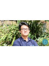 Sam Tan -  at Bodytonic Clinic - Osteopathy - Canada Water