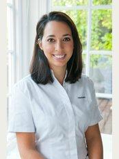 Talia Berkowitz Osteopathy - 14 The Market Place, London, NW11 6JJ,