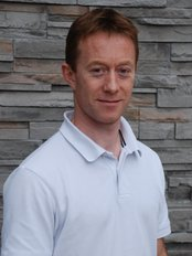 Newhill Osteopathy - Mr Julian Newhill