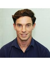 Mr Thomas Wyer - Physiotherapist at PhysiCo. City Physiotherapy