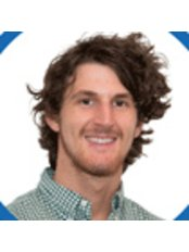 Miss Nick Flood - Physiotherapist at Leading Edge Physical Therapy