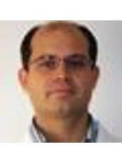 Dr Tibor Csákány - Doctor at Országos Gerincgyógyászati Központ
