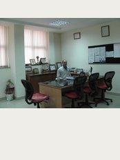 BEST PHYSIOTHERAPIST IN FARIDABAD Dr. Pawan Bhardwaj - 112/20,, faridabad, haryana, 121002,