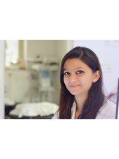 Dr Priya Choudhary - Physiotherapist at Vikalp Physiotherapy Clinic