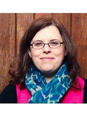 Ms Una Cashin -  at The elbowroom clinic