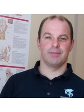 Mr Darren Macfarlane - Physiotherapist at Darren Macfarlane Sports Injury Therapy
