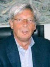 Physioclinic S.R.L. - Via Fontana, 18, Milano, 20122,  0