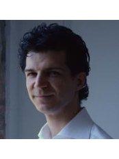 Mr Marco Malatesta - Physiotherapist at Overphysio