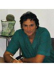 Dr Mark Mannucci - Chief Executive at Fisiomoderna del Dott Mannucci Marco