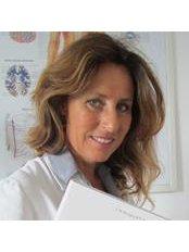 Dr Laura Licci - Doctor at Laura Licci - Mazzin